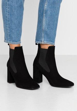 LEXI - Classic ankle boots - schwarz