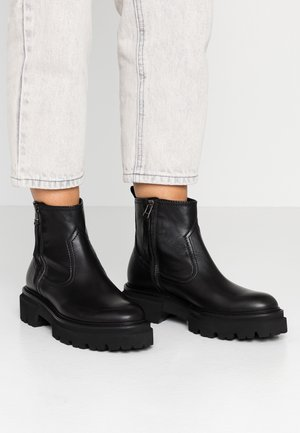 BOBBY - Platform ankle boots - black