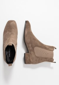 Kennel + Schmenger - TESSA - Classic ankle boots - tundra - 3