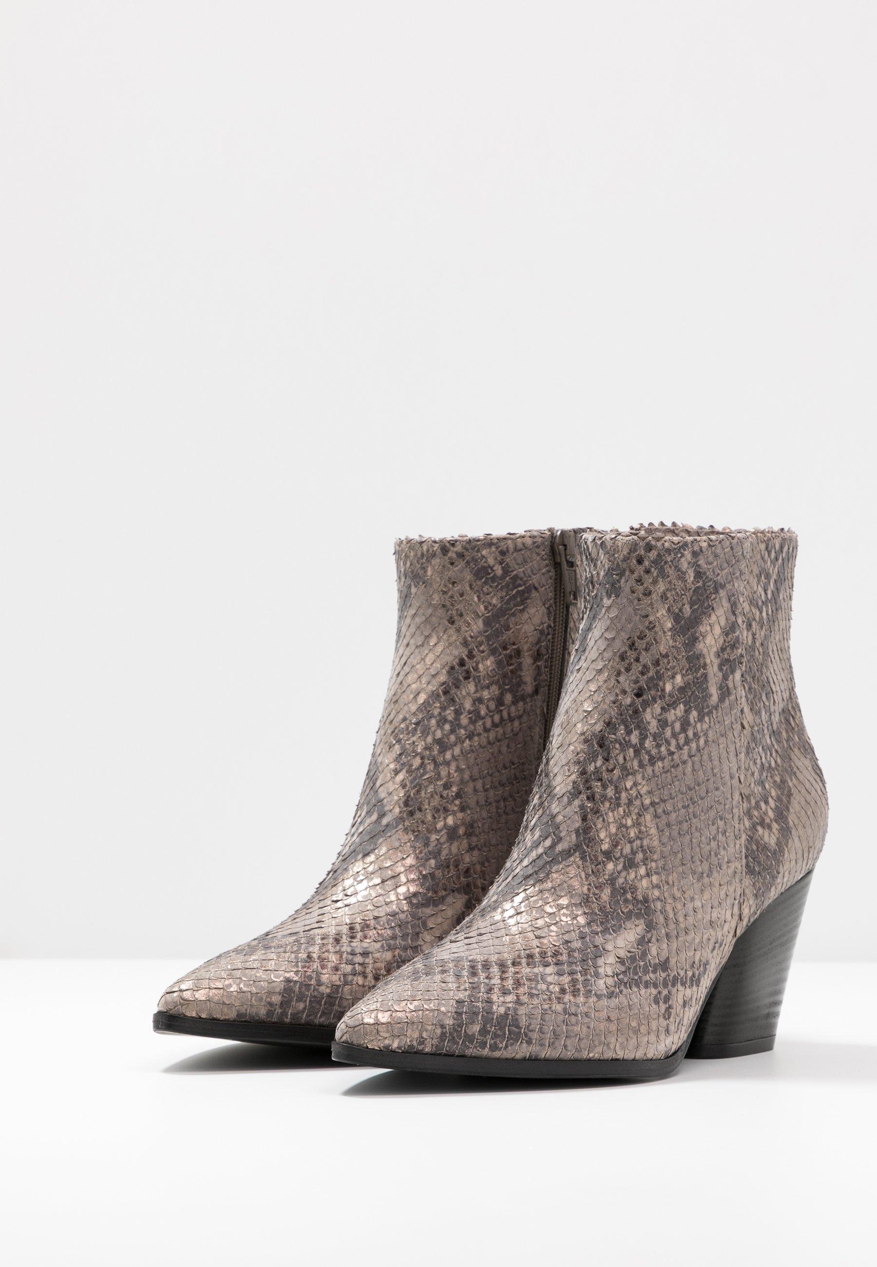 Kennel + Schmenger Amber - Korte Laarzen Taupe Goedkope Schoenen