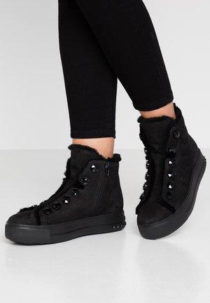 MEGA - Kotníková obuv - schwarz