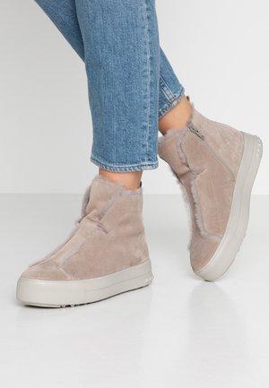 MEGA - Ankle boots - ombra/natur