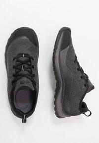 Keen - TERRADORA - Hiking shoes - black/raven - 1