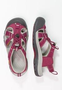 Keen - VENICE H2 - Sandales de randonnée - beet red/neutral gray - 1