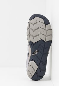 Keen - CLEARWATER CNX - Outdoorsandalen - dapple grey/dress blue - 4