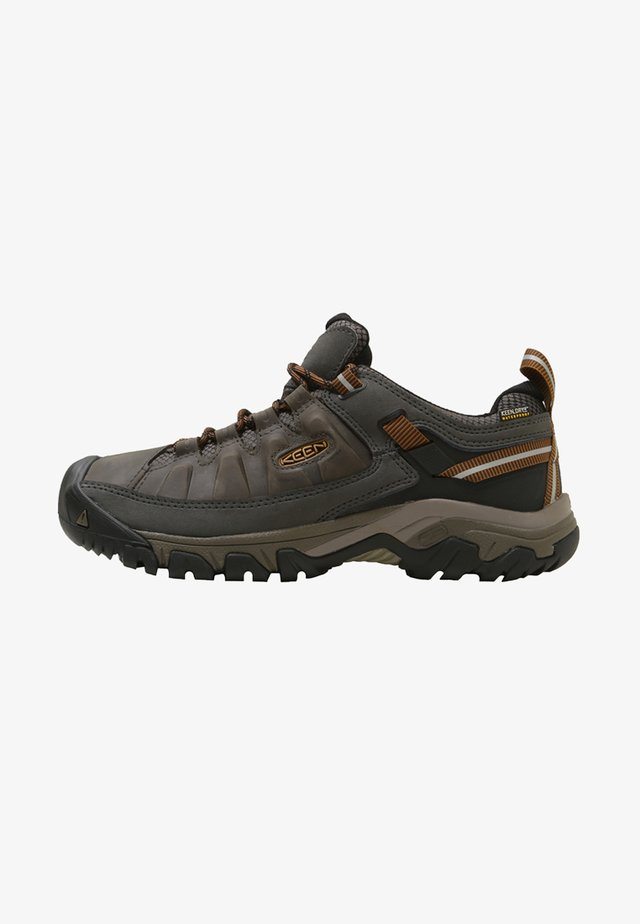 TARGHEE III WP - Hikingskor - black olive/golden brown
