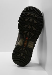 Keen - TARGHEE III WP - Hikingschuh - black olive/golden brown - 4