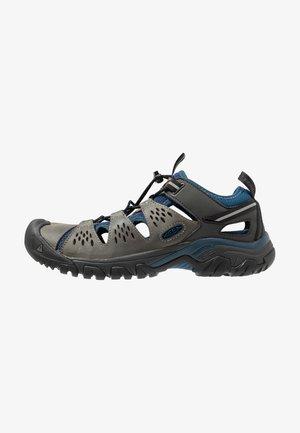 ARROYO III - Hikingschuh - empire/blue opal