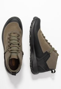 Keen - CITIZEN EVO MID  - Outdoorschoenen - olive night/black - 1