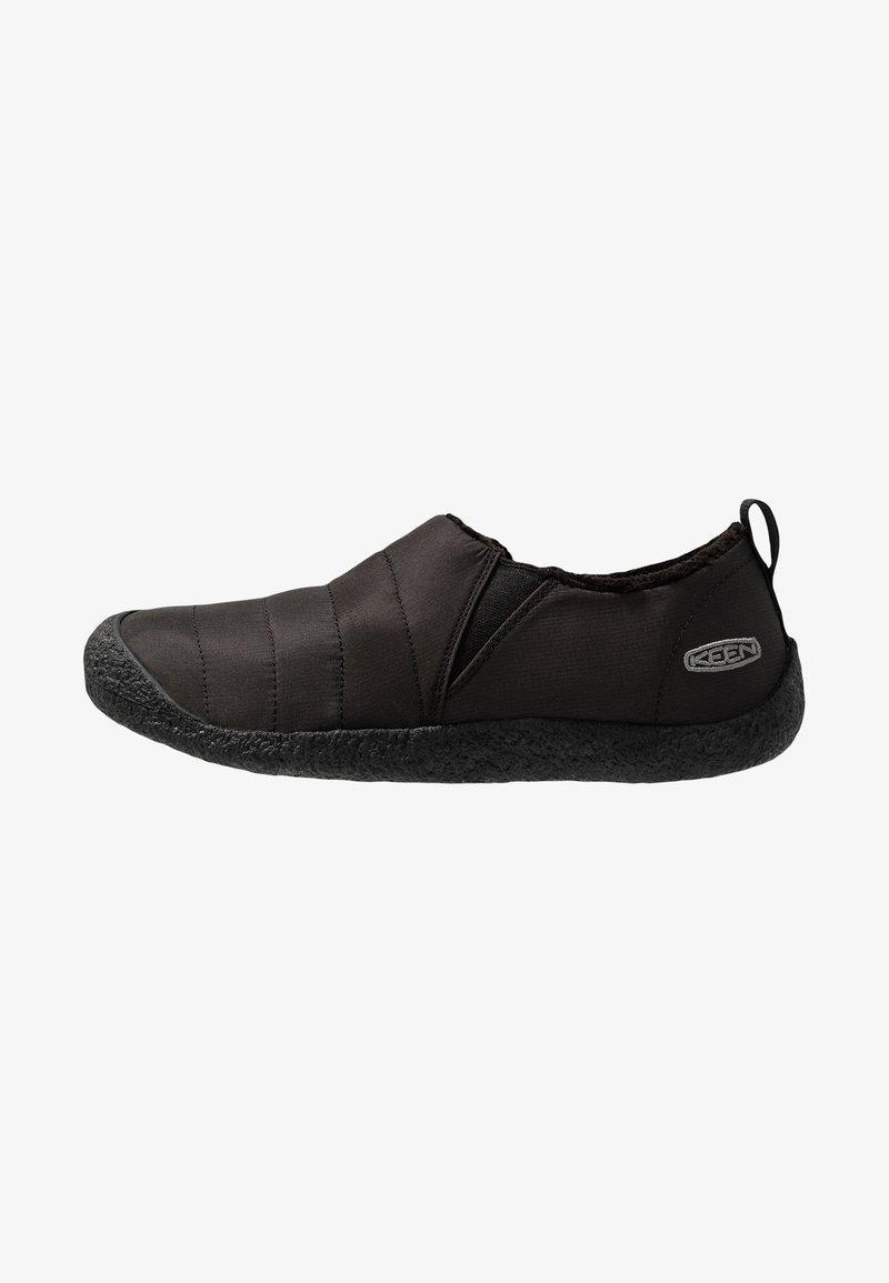 Keen - HOWSER II - Sportieve wandelschoenen - black/steel grey