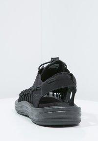Keen - UNEEK - Sandalias de senderismo - black - 3