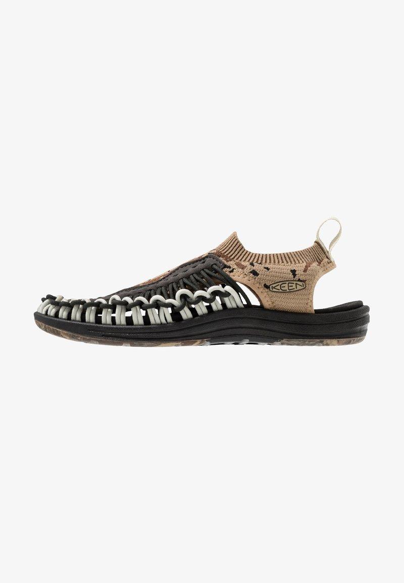Keen - UNEEK EVO - Walking sandals - petrified oak/raven
