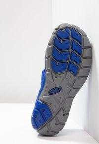 Keen - SEACAMP II CNX - Chodecké sandály - bright blue - 5