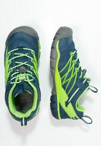 Keen - CHANDLER CNX - Hiking shoes - poseidon/jasmine green - 1