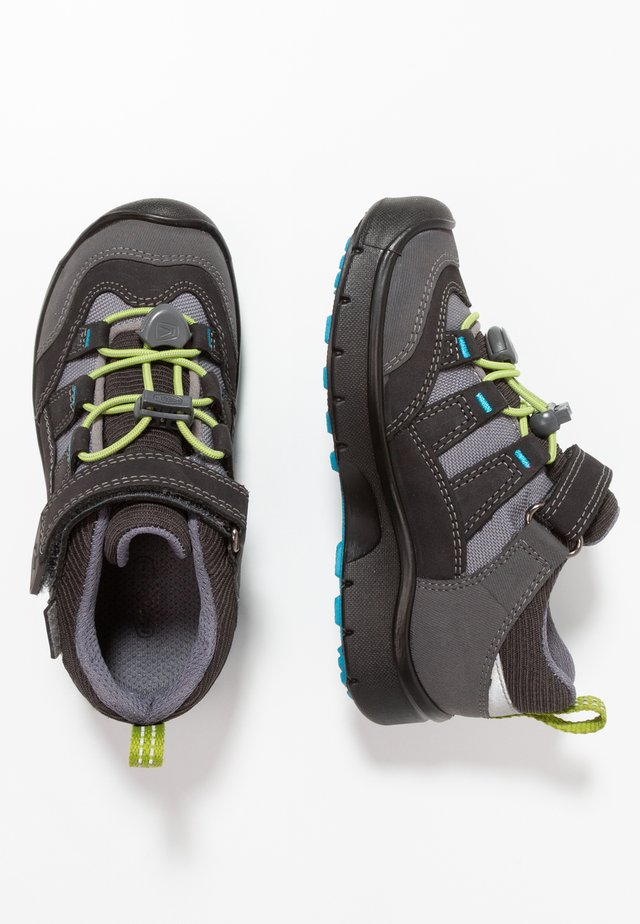 HIKEPORT WP - Hiking shoes - magnet/greenery