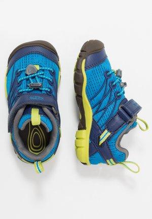 CHANDLER CNX - Hiking shoes - brilliant blue/blue depths