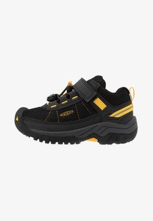 TARGHEE SPORT - Trekingové boty - black/yellow