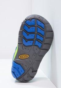 Keen - SEACAMP II CNX - Sandały trekkingowe - true blue/jasmine green - 4