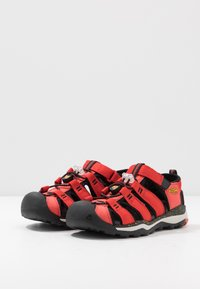 Keen - NEWPORT NEO H2 - Walking sandals - fiery red/golden rod - 3