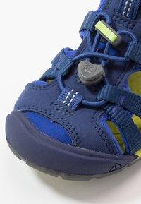 Keen - SEACAMP II CNX - Chodecké sandály - blue depths/chartreuse - 2
