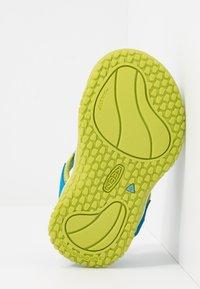 Keen - STINGRAY - Boty na vodní sporty - brilliant blue/chartreuse - 5