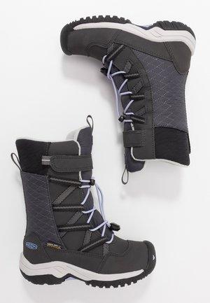 HOODOO WP - Stivali da neve  - black/sweet lavender