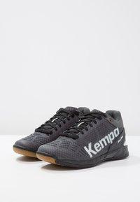 Kempa - ATTACK - Boty na házenou - black/white - 2