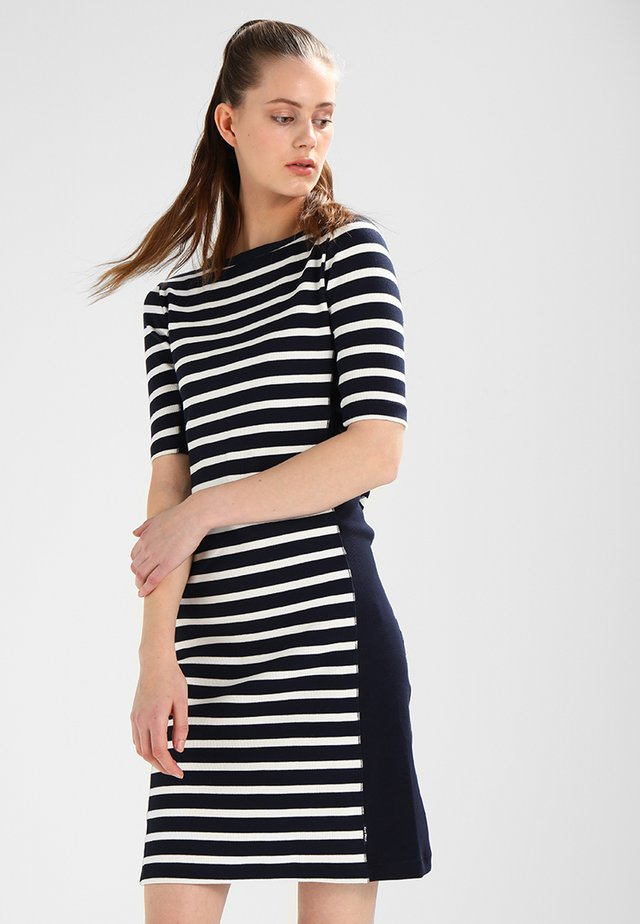 MARGIT - Pletené šaty - navy/pearl