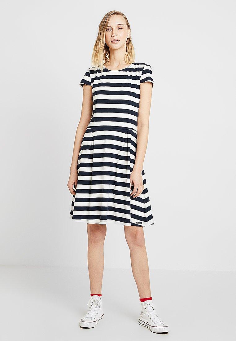 Sea Ranch - ANNBRITT - Denní šaty - white
