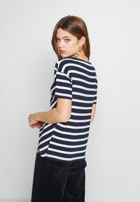 Sea Ranch - NOVA - Print T-shirt - navy/pearl - 2