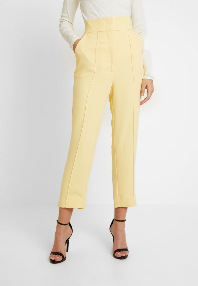 THE FALL PANT - Trousers - lemon