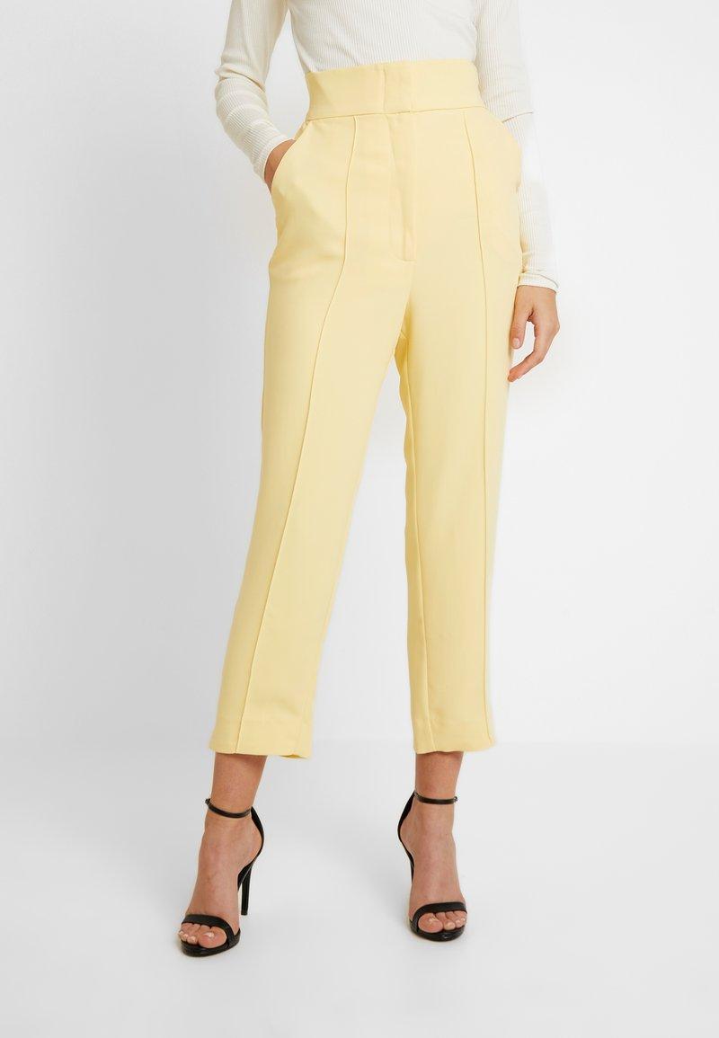 Keepsake - THE FALL PANT - Pantalon classique - lemon