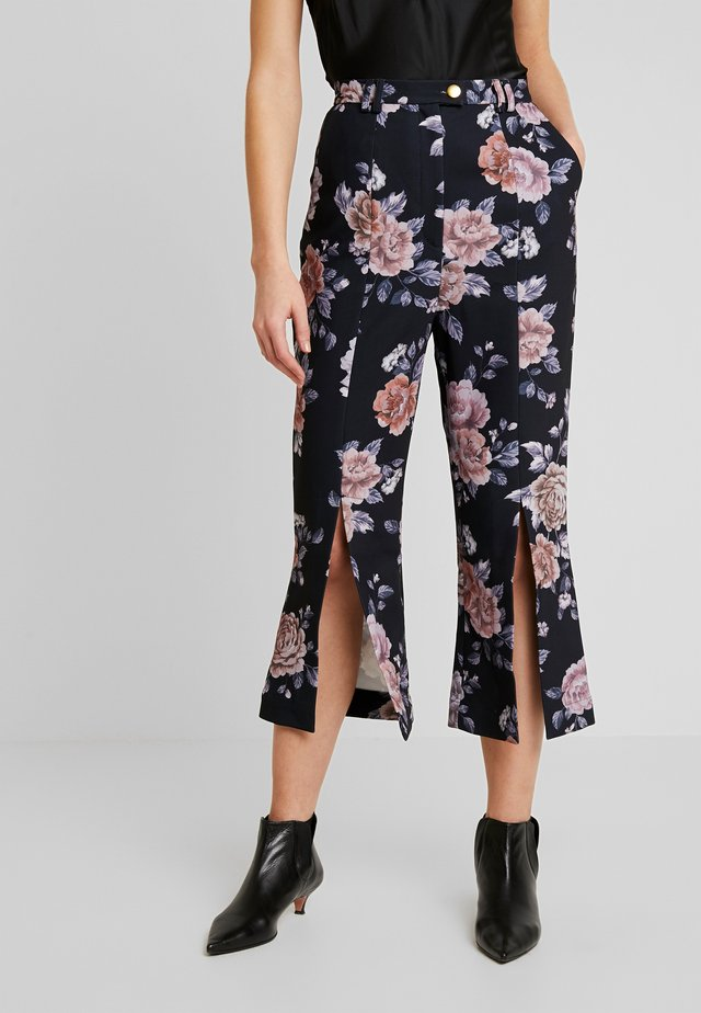 ATOMIC PANT - Trousers - black garden