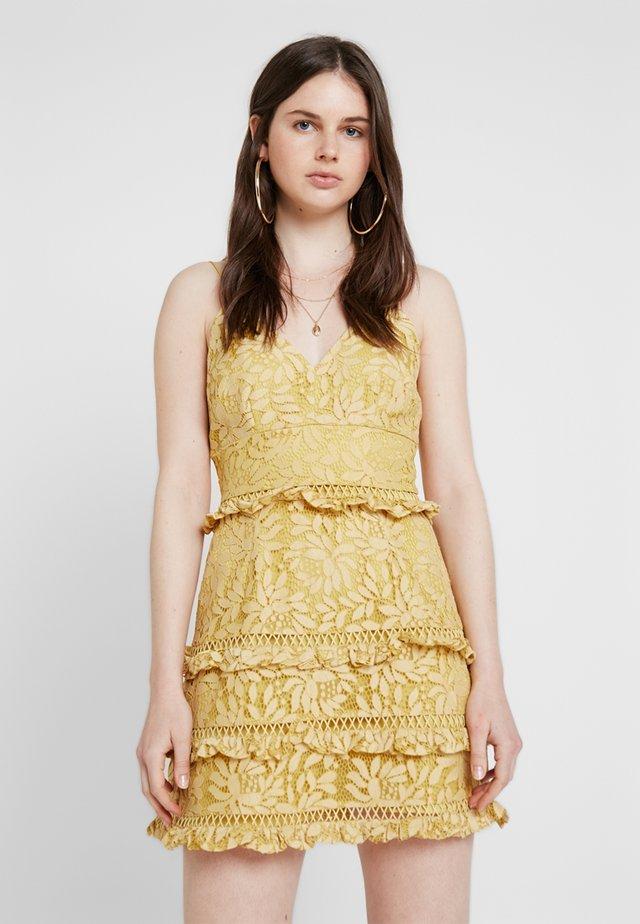 IMAGINE MINI DRESS - Vestito elegante - golden yellow