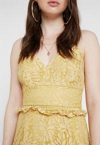 Keepsake - IMAGINE MINI DRESS - Cocktailkleid/festliches Kleid - golden yellow - 5