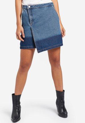 KEEVA - Wrap skirt - dark blue denim