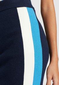 khujo - ROCK PRATA - Falda de tubo - blue/white - 6