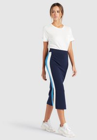 khujo - ROCK PRATA - Falda de tubo - blue/white - 1