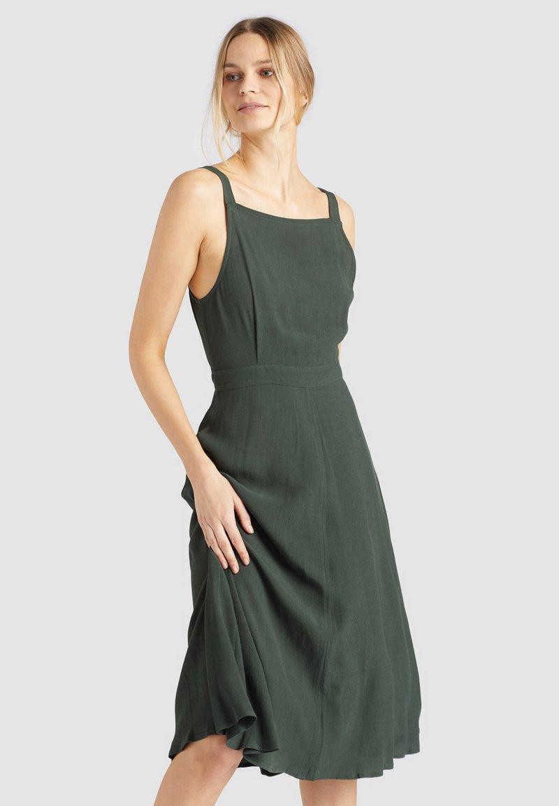 khujo - CHAVA - Day dress - dark green