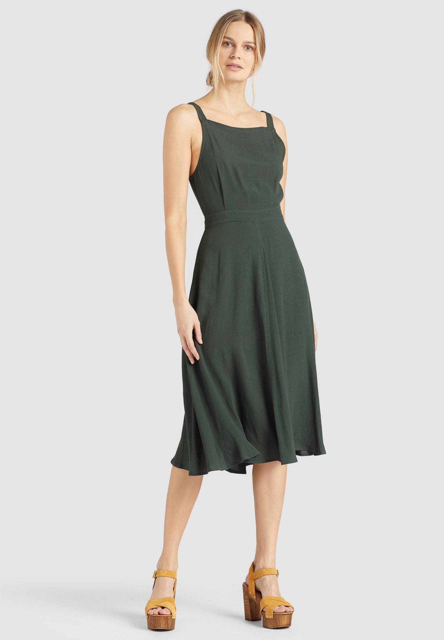 WAL G. PLEATED FIT AND FLARE Robe d'été bright green