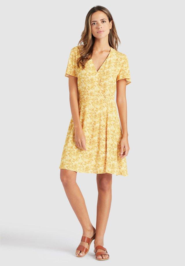 PACA - Korte jurk - ochre