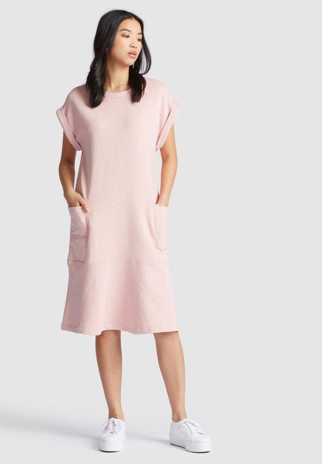 SVETLANA - Korte jurk - pink