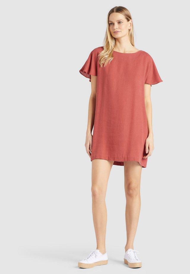 AKAULA - Korte jurk - red