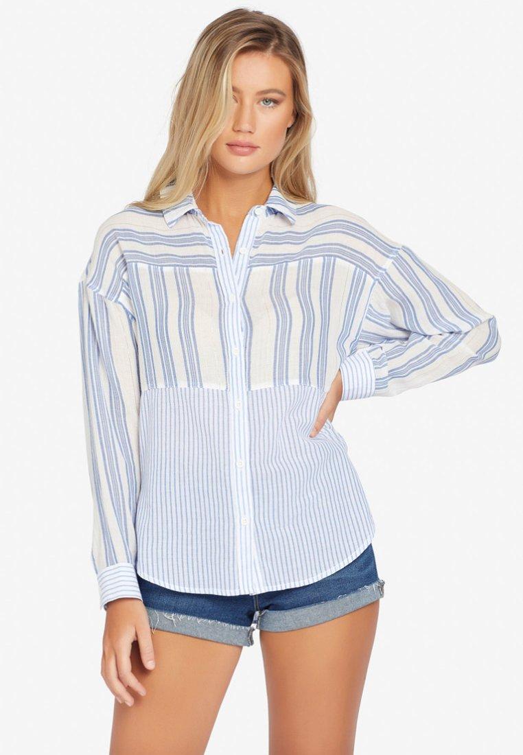 khujo - WASANA - Button-down blouse - blue white