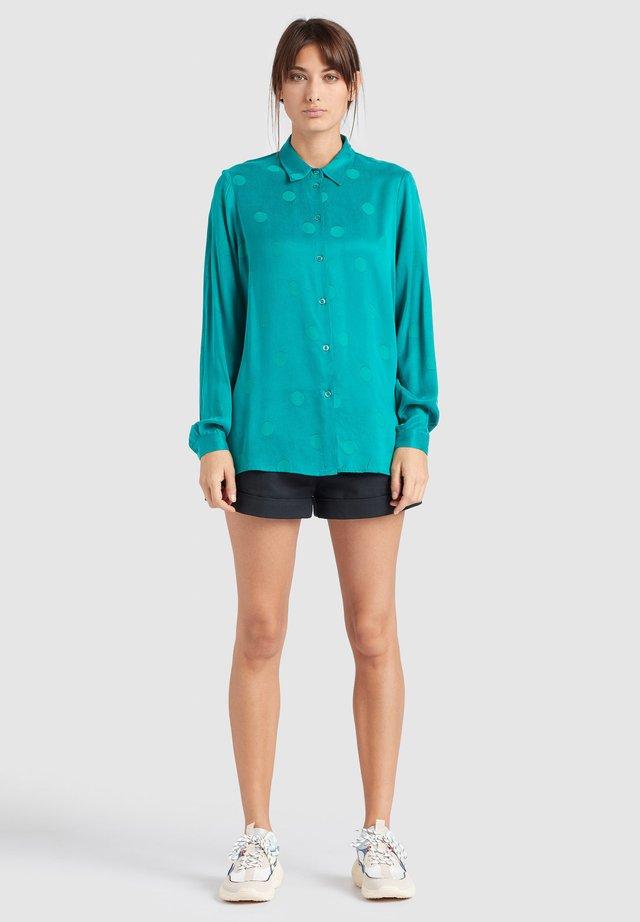 LARISA - Button-down blouse - green