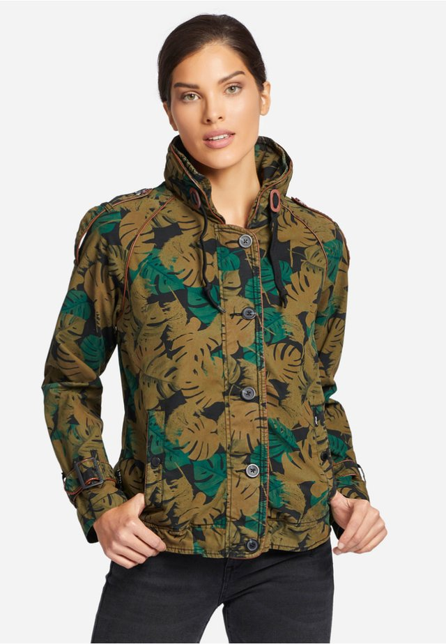 STACEY - Outdoorjas - green Brown