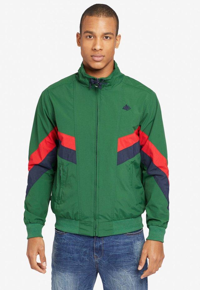 FIGHTER - Bomber Jacket - green