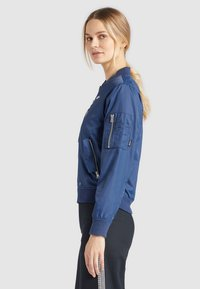 khujo - KALIA - Bomber Jacket - blue denim - 2