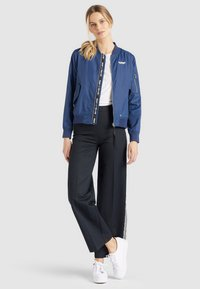 khujo - KALIA - Bomber Jacket - blue denim - 6