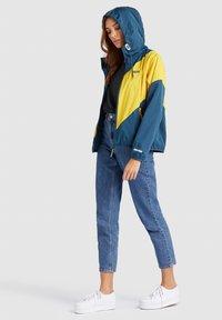khujo - AKAMU - Summer jacket - denim blue/yellow - 4